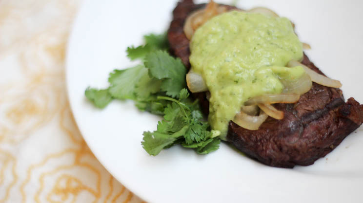 Sirloin Steak With Avocado Dressing | Bariatric Surgery Recipes | FoodCoach.Me
