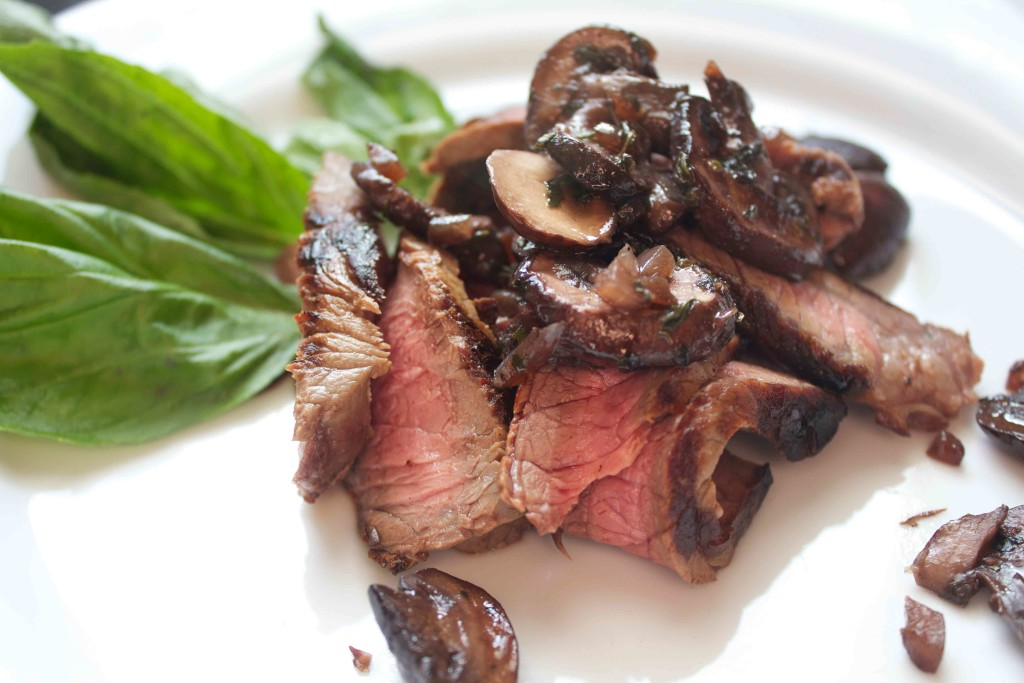 Sliced Steak with Mushrooms. Low carb and weight loss surgery recipes at www.foodcoach.me